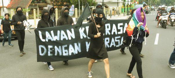 Seruan FML untuk Aksi Langsung Kekerasan